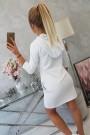 Balta suknelė su kišenėmis
