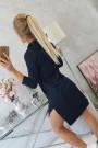 Tamsiai mėlyna suknelė su piešiniu