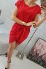Raudona suknelė su diržu